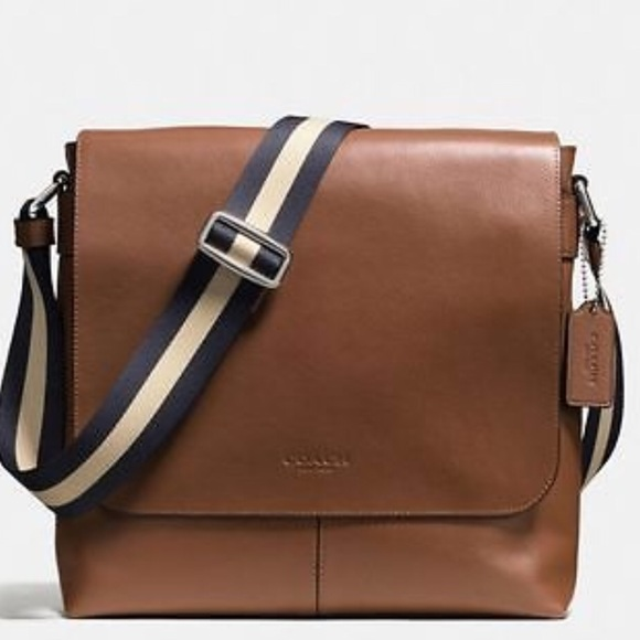 847520845d6a NWT Coach F72362 Charles Small Messenger Shoulder